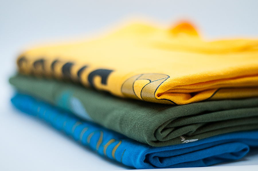 Tee shirt photo (folded)